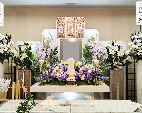 家族葬生花アレンジ祭壇
