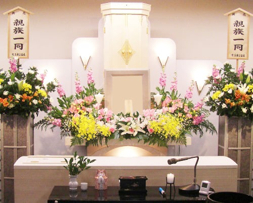 家族葬創価学会祭壇